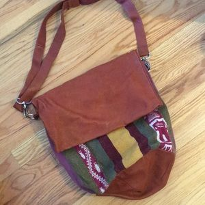 Handbags - Authentic Peruvian Leather Bucket Bag